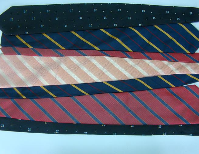 2 disponha as gravatas